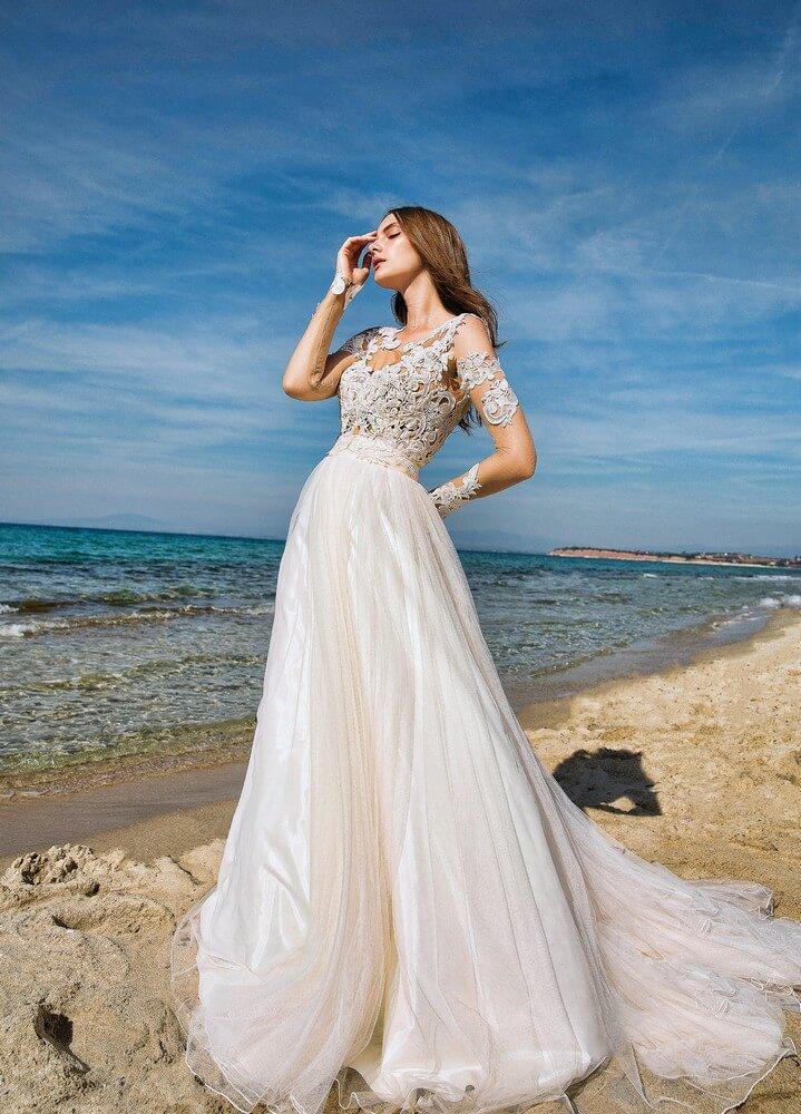 a2ba5d68945 Αέρινα Νυφικά Φορέματα για Μοναδικές Εμφανίσεις