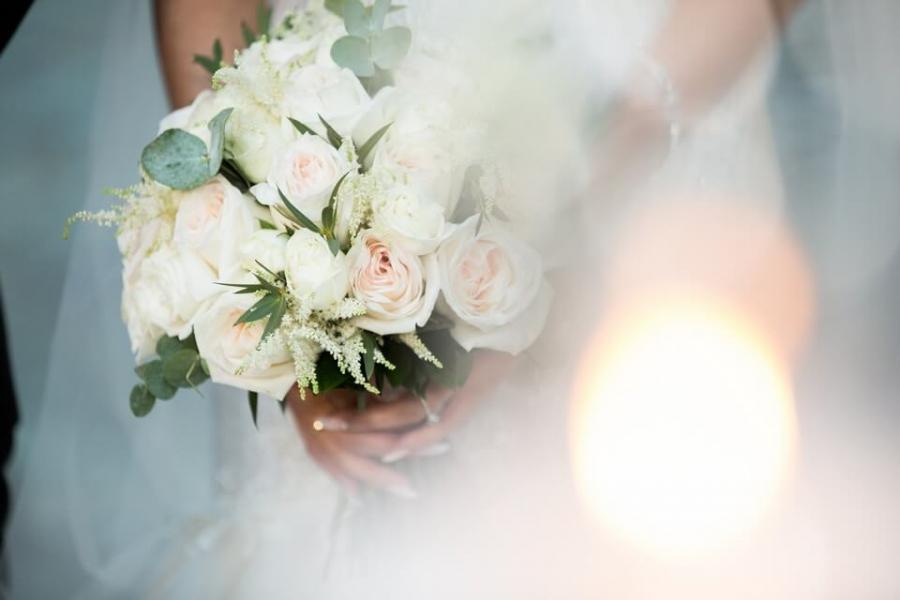 0a13aad25b01 Στολισμός Γάμου  Αφιέρωμα στις Νυφικές Ανθοδέσμες